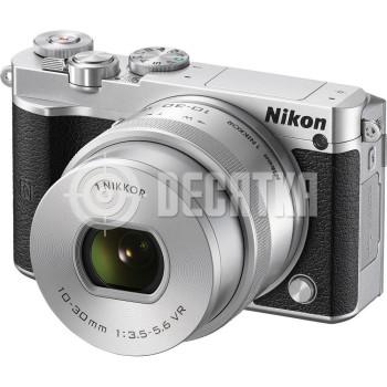 Компактный фотоаппарат cо cменным объективом Nikon 1 J5 kit (10-30mm VR) Silver