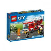 Пластиковый конструктор LEGO City Fire Пожарная машина с лестницей