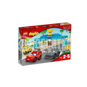 Классический конструктор LEGO DUPLO Гонка за Кубок Поршня (10857)