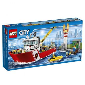 Классический конструктор LEGO City Fire Пожарный катер (60109)