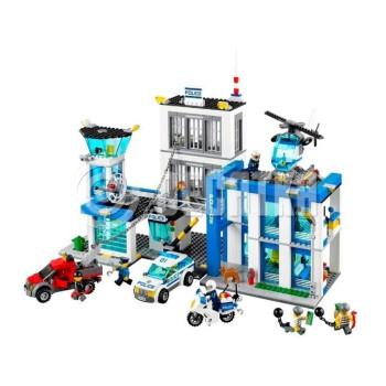 Пластмассовый конструктор LEGO City Полицейский участок (60047)